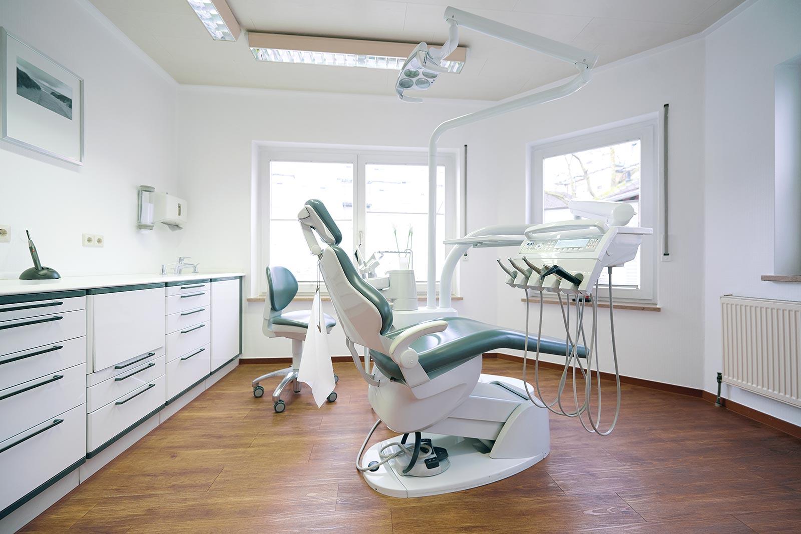 Der zahnärztliche Behandlungsraum 1
