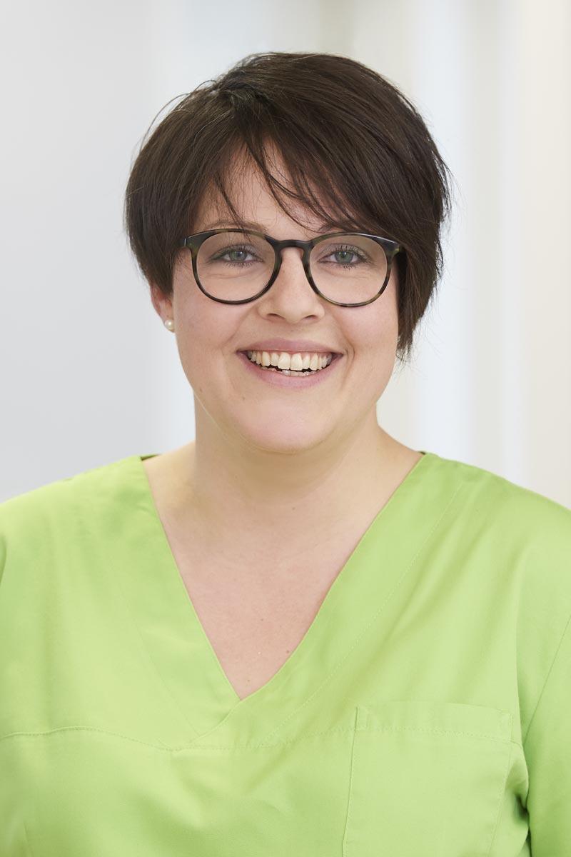 Zahnmedizinische Fachangestellte Petra Roth